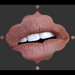 🎃DUSK Black Moon Liquid Matte Lipstick NWT